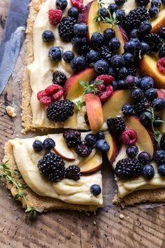 No Bake Mixed Berry Custard Tart. (Half Baked Harvest) No Bake Mixed Berry Custard Tart. Tart Recipes, Cooking Recipes, Cooking Food, Cooking Tips, Dessert Crepes, Fruit Dessert, Fruit Bake, Custard Tart, Vanilla Custard