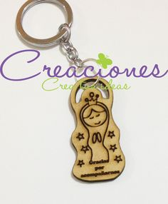 Llavero Virgencita madera - Creaciones Wooden Key Holder, Wooden Gifts, Scroll Saw, Laser Engraving, Laser Cutting, Decoupage, Carving, Baby Shower, Invitations