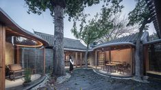 Qishe Courtyard by Archstudio is a highly considered rejuvenation of a dilapitated Chinese courtyard house and an eloquent synthesis of old and new. Chinese Courtyard, Front Courtyard, Internal Courtyard, Courtyard House, Courtyard Ideas, Architecture Renovation, Studios Architecture, Facade Architecture, Chinese Architecture