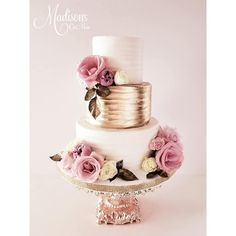 Rose Gold and Blush Wedding Cake by Madison's on Main ~ Rose Gold Baroque Cake Stand created by Opulent Treasures blush wedding cakes Opulent Treasures Cake Stand with Baroque Base Black Blush Wedding Cakes, Wedding Cake Roses, Beautiful Wedding Cakes, Beautiful Cakes, White And Gold Wedding Cake, Wedding Flowers, Salty Cake, Gold Cake, Cake Tins