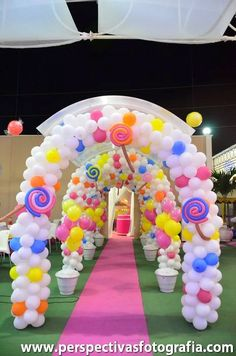 49 Super Ideas For Birthday Balloons Decorations Candy Land Birthday Balloon Decorations, Birthday Balloons, First Birthday Parties, First Birthdays, Birthday Ideas, Candy Land Theme, Candy Party, Deco Table, Unicorn Party