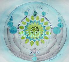 Mandala em aquarela com tons de azul, verde e marrom. Diâmetro médio de 25cm. Moldura padrão branca com vidro.