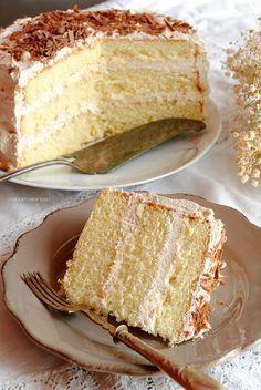 Torta al baileys, un dolce solo per grandi! Fall Dessert Recipes, Easy Cake Recipes, Sweet Recipes, Italian Desserts, Mini Desserts, Cake Cookies, Cupcake Cakes, Torte Cake, Sweet Bread