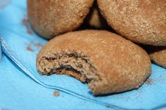 Honey Spice Cookies: Gluten, dairy, and refined sugar free! Black Licorice, Spice Cookies, Like Chocolate, Marzipan, Food For Thought, Sugar Free, Spices, Frozen, Strawberry