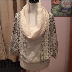 Arden B oversized cowl neck sweater L Re-Posh, just wasn't my style but the sweater is gorgeous! Great condition, maybe a small pull here and there, but not noticeable. Dry clean only! Arden B Sweaters Cowl & Turtlenecks