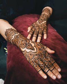 Bridal Mehndi or Henna Designs for Full Hands Full Hand Mehndi Designs, Modern Mehndi Designs, Mehndi Design Pictures, Wedding Mehndi Designs, Mehndi Designs For Fingers, Henna Tattoo Designs, Rajasthani Mehndi Designs, Dulhan Mehndi Designs, Henna Mehndi