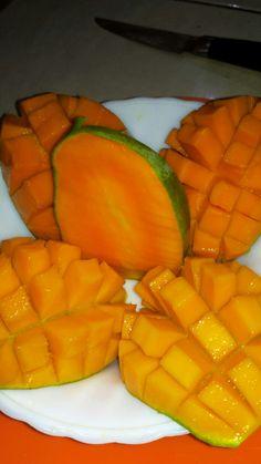 Fruit Kabobs Kids, Snap Food, Food Snapchat, Exotic Fruit, Cute Food, Mango, Food And Drink, Mood, Photos