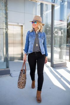 Cool 54 Lovely Fall Womens Black Jeans Outfits Ideas To Copy Right Now Black Jeans Women, Black Jeans Outfit, Fall Winter Outfits, Autumn Winter Fashion, Summer Outfits, Simple Outfits, Casual Outfits, Emo Outfits, Look Fashion
