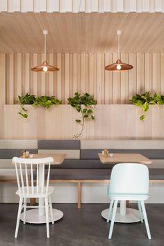Bench seating The Kitty Burns restaurant in Melbourne by Biasol Design Studio Design Studio, Design Café, Design Ideas, Design Inspiration, Design Trends, Modern Design, Booth Design, Cafe Restaurant, Restaurant Seating