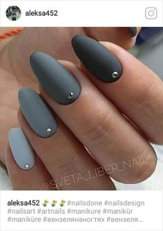63 trendy nails design matte grey nailart Many women prefer to visit the hairdresser even if they cannot … Gem Nails, Sparkle Nails, Nail Gems, Grey Matte Nails, Grey Acrylic Nails, Matte Nail Polish, Grey Nail Designs, Nailart, Manicure E Pedicure