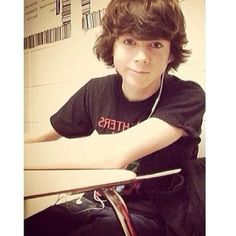 Chandler Riggs I love you........@Cindy Salisbury LISTENING 2 MUSIC DURING FREE TIME