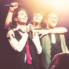 Il Volo, thanks to whoever who edited this, I love it. Got it from Tumblr