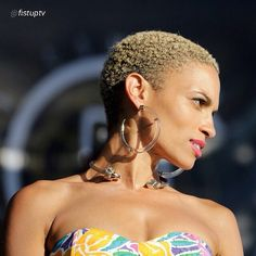 {Grow Lust Worthy Hair FASTER Naturally} ========================== Go To: www.HairTriggerr.com ==========================      GORGEOUS GOAPELE!