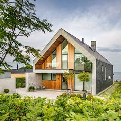 Impressive Danish house with natural slate in roof and facade… | #slate #design #architecture #CUPAPIZARRAS