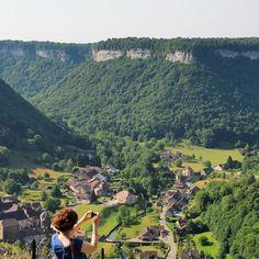 Magnifique, le point de vue sur la reculée de Baume-les-Messieurs | Jura, France | #JuraTourisme