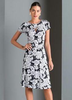 Vestido Evasê Acinturado (Floral)