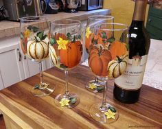 Hand Painted Tiger Striped White Harvest Pumpkin Wine Glass Set of 4 Thanksgiving Autumn Fall Decor Stemware Decorated Wine Glasses, Hand Painted Wine Glasses, Fall Wine Glasses, Pumpkin Wine, Baby Shower Niño, Wine Glass Set, Glass Design, Fall Decor, Tableware
