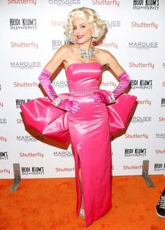 #BethennyFrankel attends Shutterfly Presents Heidi Klum's 14th Annual Halloween Party sponsored by SVEDKA Vodka and smartwater at #Marquee on October 31, 2013 in New York City  http://celebhotspots.com/hotspot/?hotspotid=5004&next=1