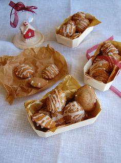 madeleines de canela com glacê de marsala