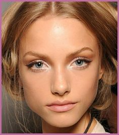 """""""To widen the eyes and create a """"doe-eyed"""" effect, apply lash fibers only on the outer corner of the eyes and then re-apply your mascara.""""   -Makeup Artist Beth Bender"""