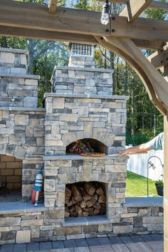 Iso'ven Pizza Oven with Cast Veneer Stone Ledgestone Silverton Outdoor Fireplace Patio, Outside Fireplace, Outdoor Fireplace Designs, Outdoor Spaces, Outdoor Living, Outdoor Decor, Pizza Oven Outdoor, Outdoor Kitchen Design, Outdoor Kitchens