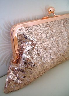 Stunning handmade purses for glamourous occasions and evening wear.  These sequin hand made clutches really add a touch of glitz and glamour to any