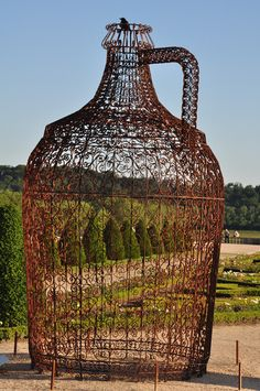Joana Vasconcelos -- The South Garden Wine Pavilion, 2011, Chateau Versailles. Vasconcelos has become one of the few contemporary artists since 2008 to be showing at Versailles (Jeff Koons in 2008, and Takashi Murakami in 2010 have preceded her). Photo by Kisa Lala