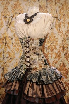Waist 35 to 37  Vintage French Steampunk Corset. $109.00, via Etsy.