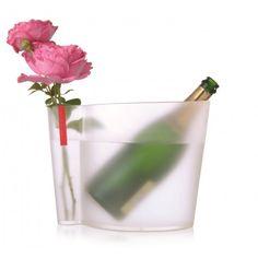 Roses & Bulles - Seau à Champagne - une idée cadeau dénichée par Georges sur AlloCadeau.com -