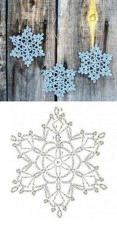 Wonderful DIY Crochet Snowflakes With Pattern - Her Crochet Crochet Snowflake Pattern, Crochet Stars, Christmas Crochet Patterns, Holiday Crochet, Crochet Snowflakes, Christmas Knitting, Crochet Diy, Thread Crochet, Crochet Motif