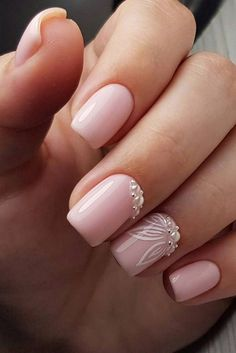 35 simple ideas for the design of wedding nails - . - Minimal , 35 simple ideas for designing wedding nails - - Simple Wedding Nails, Wedding Nails Design, Simple Nails, Wedding Toe Nails, Bride Nails, Prom Nails, Flower Nail Designs, Nail Art Designs, Gel Designs