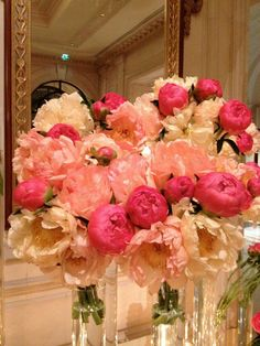 peonies are my new favorite flower. I just love em. I want some for my bday. I'm going to hit up my dad.