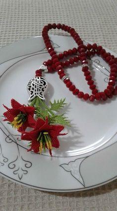 Needle Lace, Diy And Crafts, Mini, Embroidery, Bandana, Crochet Flowers, Diy Kid Jewelry, Craft, Vestidos