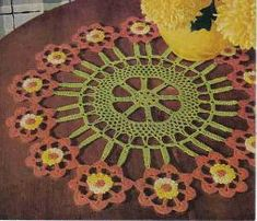 free crochet flower cartwheel doily pattern/many doily and tablecloth patterns Crochet Home, Knit Or Crochet, Crochet Motif, Free Crochet, Free Doily Patterns, Knitting Patterns, Free Pattern, Crochet Dollies, Rugs