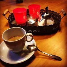 Také odpočíváte s šálkem dobré kávy? #čarovnákáva #káva #onlineshop #goodcoffee #dobrákáva @julkula.cz @cafebistronakusreci @dovolenaadrspach Tableware, Kitchen, Instagram, Dinnerware, Cuisine, Dishes, Kitchens, Stove, Cucina