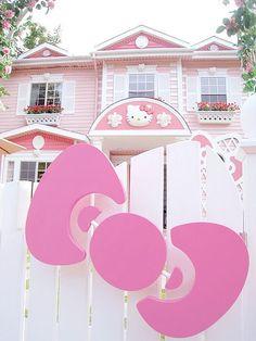 Hello Kitty house in Taiwan