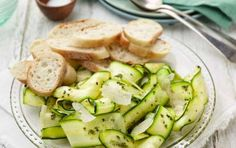 Carpaccio di zucchine - Carpaccio di zucchine, la ricetta e le varianti! La ricetta del carpaccio di zucchine con olive è una portata davvero sfiziosa e saporita, un contorno alla portata di tutti i cuochi, anche dei meno esperti, una ricetta veloce e facile per stupire i propri ospiti
