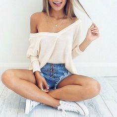 Cute Summer Outfit Ideas for Teen Girls #cute #outfits #SummerOutfit #SummerFashionTrends