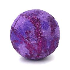 This sweet grape soda bath bomb will have you smelling fizzy and sweet, ready to take on the day! Bath Bombs Scents, Lush Bath Bombs, Bath N Body Works, Bath And Body, Mermaid Bath Bombs, Homemade Scented Candles, Galaxy Bath Bombs, Grape Soda, Lavender Buds