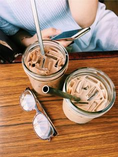 Iced Coffee Love | Smart Happy Coffee Shop  #coffeetime #coffeepics
