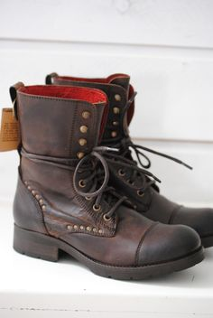 Fall boots from Village Koah @ Biskopsgarden -