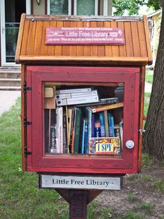 LITTLE FREE LIBRARIES TO CLASSIC OLD ONES, MILWAUKEE AND MADISON ...