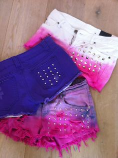 I like the white and pink ones.... it look kewl in white blue too...and then white and purple...LIME GREEN lol