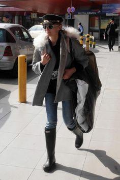 So stylish landete Hollywood-Schauspielerin Diane Kruger am 17. März am Berliner Flughafen. Mit ihrem Mongolia Fay Parka aus der Fall/Winter Kollektion 2015 ist sie bestens für jeden Sturm gewappnet. Sonnenbrille, Mütze und Stiefel ergänzen den coolen Look.