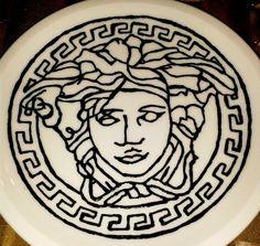 Bemalter Teller, porcelain, Porzellanmalerei, Versace, eingebrannt