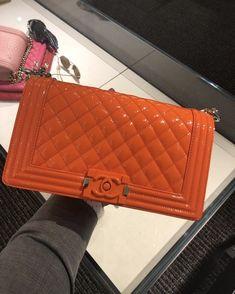 a3edb97421fc pintrest/babylaaa Luxury Bags, Luxury Handbags, Chanel Handbags, Purses And  Handbags,