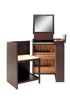 Vanity Box von poltroncina e piano ribaltabile, Vanity Box di Roberto Lazzeroni, Ceccotti Collezioni, cm 60x60x74,5h, 8.466 eur...