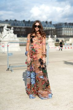 Street Chic: Style from Paris - March 8, 2016 #pfw #ValentinoHawaiian