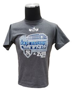 MAJESTIC YOUTH YORK YANKEES 2011 AL EAST DIVISION CHAMPIONS T-SHIRT