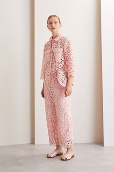 See the complete Whistles Pre-Fall 2017 collection.